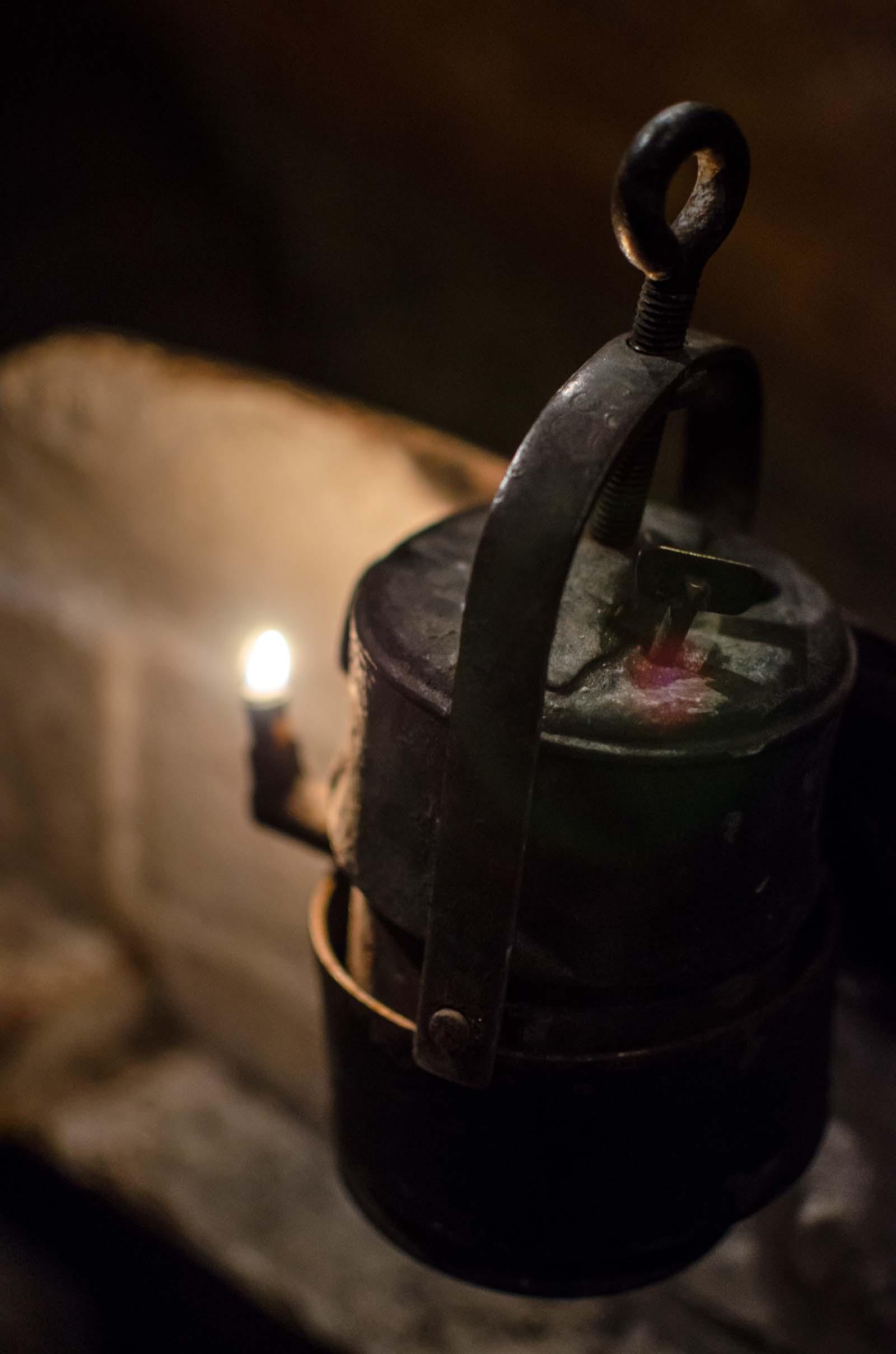 Górnicza lampa karbidowa w kopalni srebra. Tarnowskie Góry