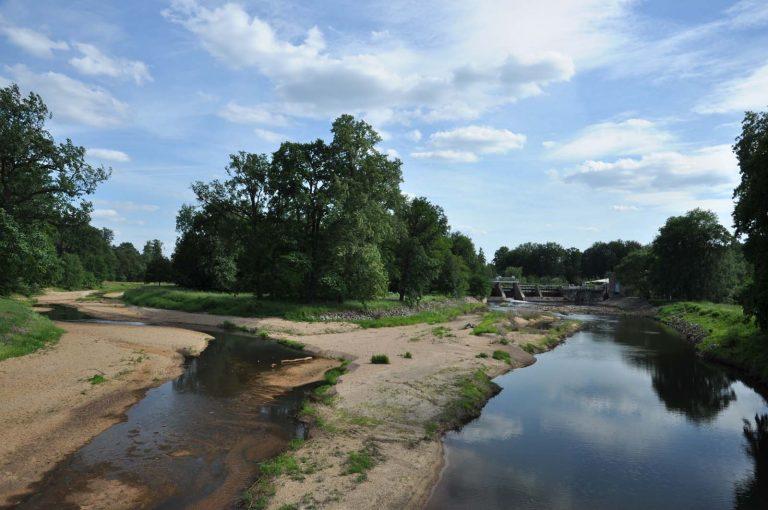 Rzeka Nysa Łużycka, Park Mużakowski, Niemcy/Polska