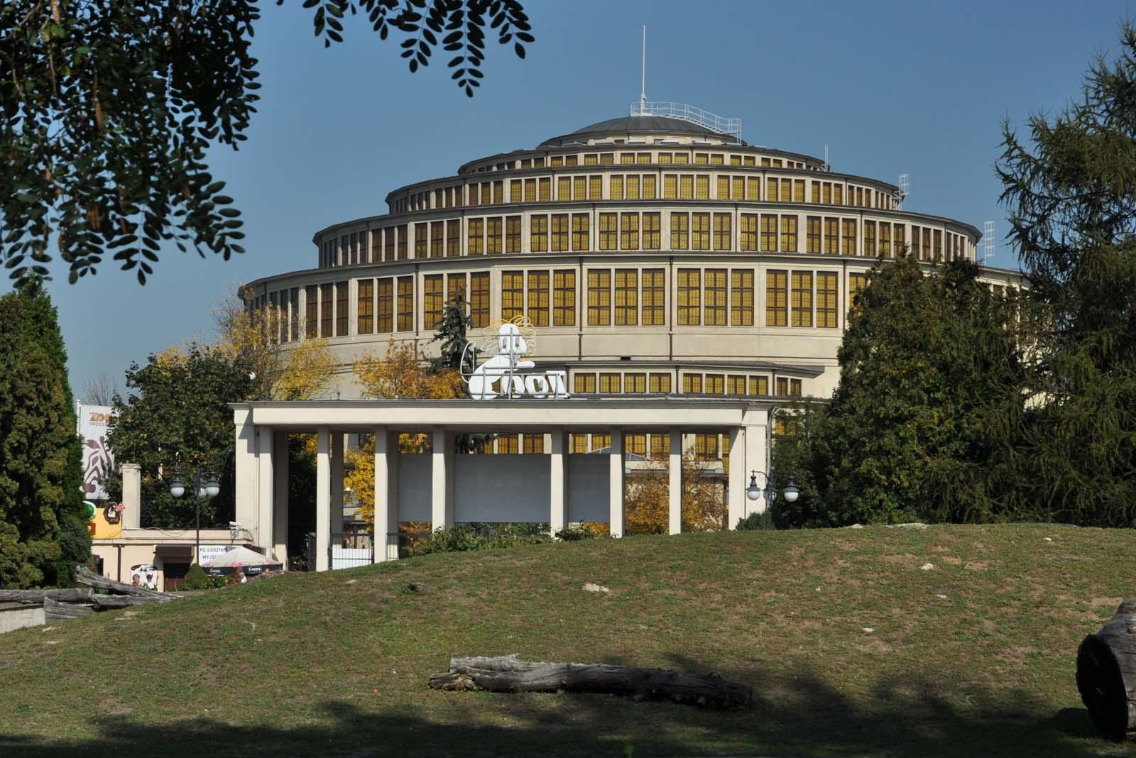 Hala Stulecia we Wrocławiu i brama wejściowa do jednego z największych zoo w Polsce, Hala Stulecia, Wrocław