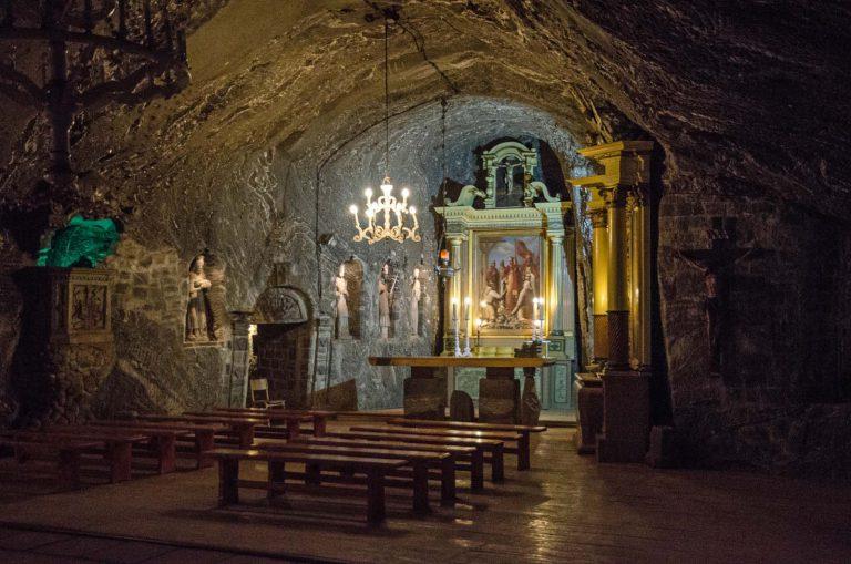 201 m pod ziemią. Kaplica św. Kingi Kopalnia soli w Bochni. Polska