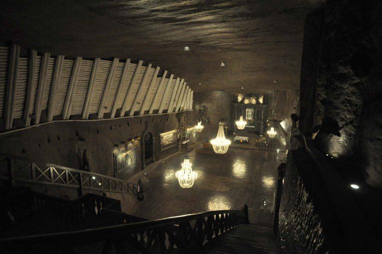 Kopalnia w Wieliczce to także sakralne dzieło sztuki: kaplica św. Kingi