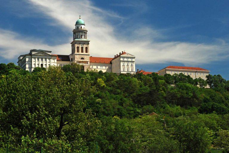 Klasztor opactwa benedyktyńskiego w Pannonhalmie