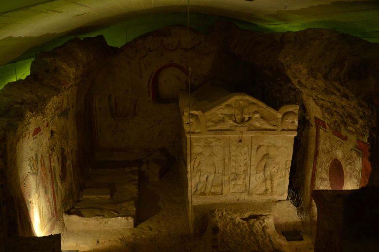 Komory grobowe cmentarza wczesnochrześcijańskiego w Peczu