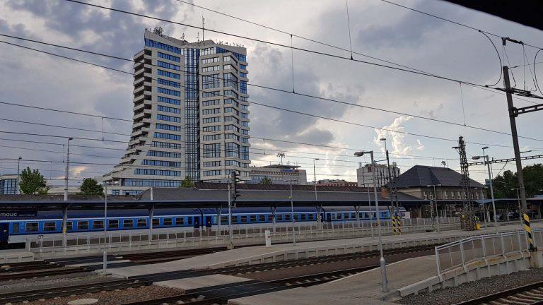 Ołomuniec, stacja kolejowa