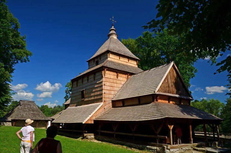 Drewniane cerkwie regionu Karpat. Radruż.