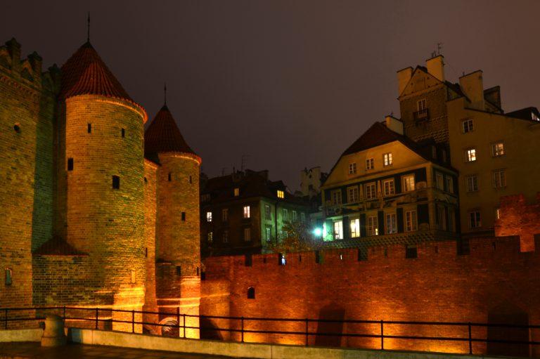 Barbakan i fortyfikacje miejskie. Warszawa Stare Miasto